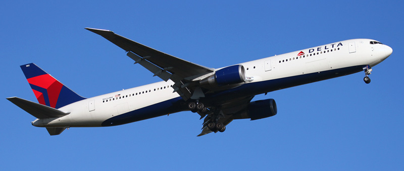 delta 767400 takeoff